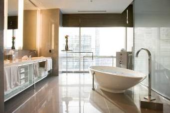 Hotéis internacionais elegem banheiras de imersão como diferenciais na composição de ambientes